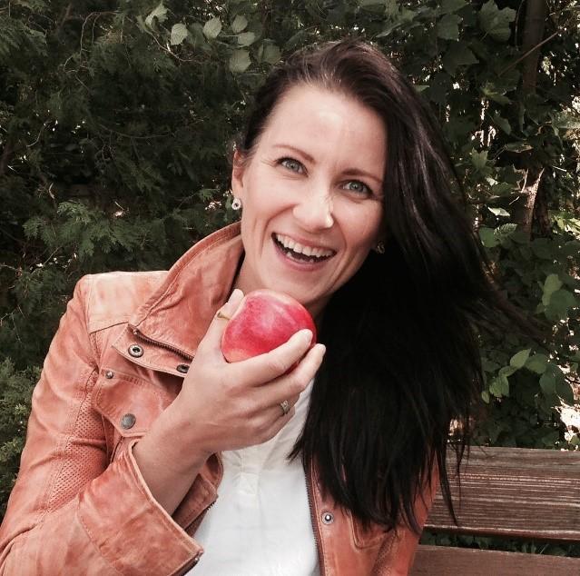 Anna ReschreiterTCM-Ernährungsberatung, Blogging, Shiatsu